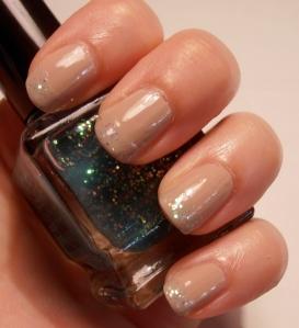 Gosh Nude Champagne, NYX Turquoise Glitter